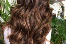 17 dark brown hair with chocolate highlights