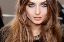 19 chestnut hair with light honey tones to give it a texture