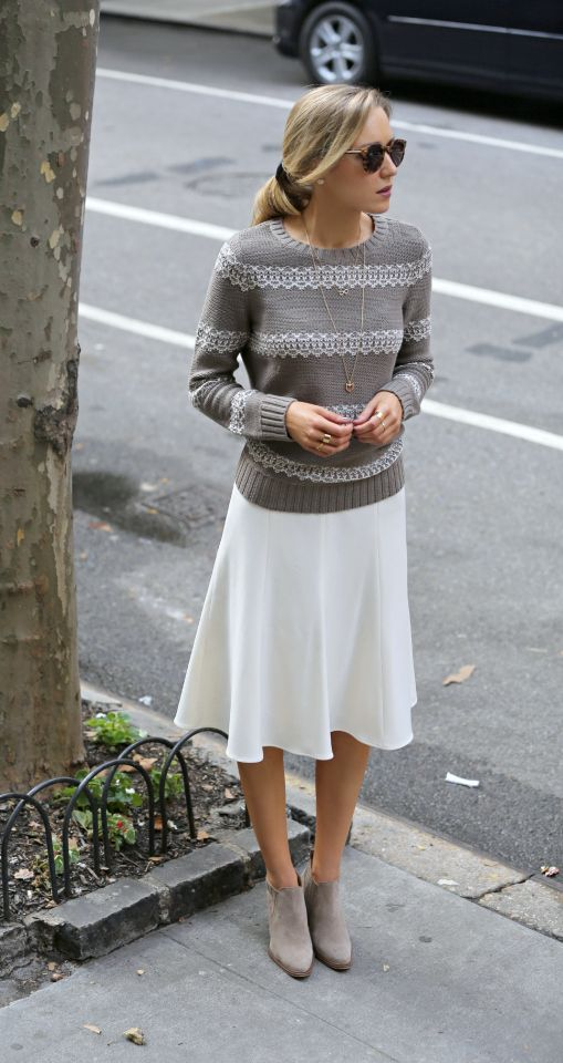 creamy midi skirt, a taupe sweater and anle boots
