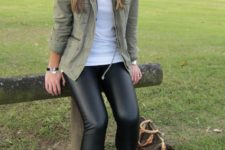 21 leather leggings, a khaki field jacket and white sneakers for a casual look