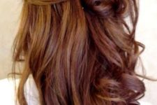 25 rich brown hair with chestnut highlights