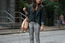 With deep green blazer, pink pumps and camel bag