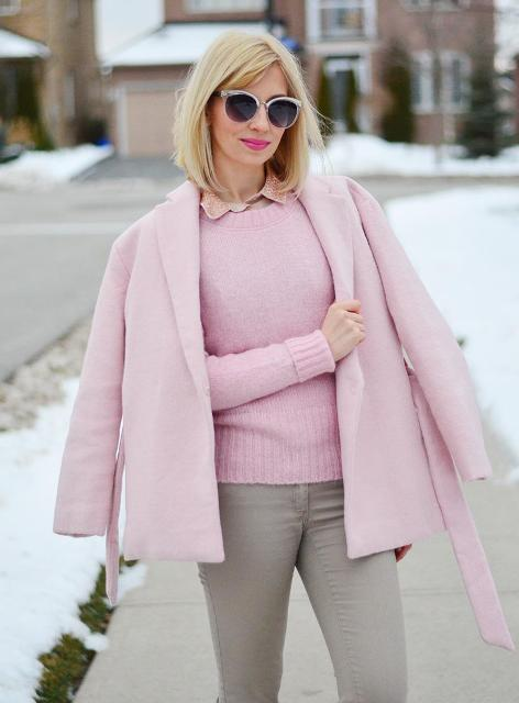 Fall work outfit with light pink sweater and gray pants
