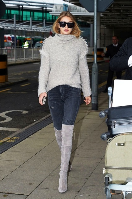 b66b2d4e2f2 Picture Of With skinny jeans and light gray over the knee boots