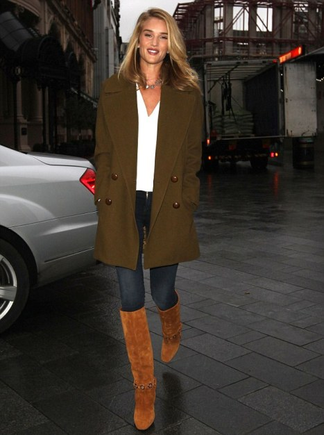 With skinny jeans, white blouse and mini coat