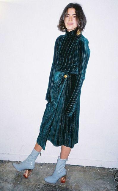 With velvet long sleeve dress