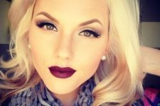 02 classic bombshell look with dark red lips