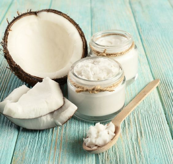 coconut oil is ideal for sensitive and dry skin in the winter