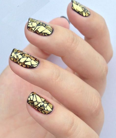gold glass nail art