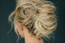 05 messy airy updo looks chic