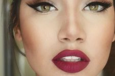 06 red lips with light red smokey eyes