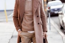 10 pastel winter look with a coat and a sweater over the shirt