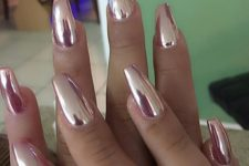 12 pink metallic nails for glam looks