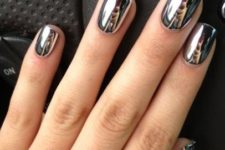 13 mirror manicure looks great with any outfit