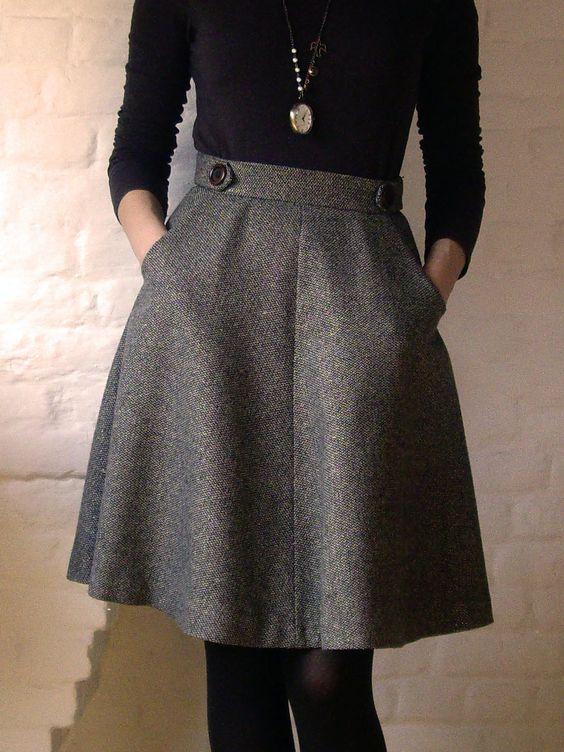 high waist A-line skirt, a black jersey