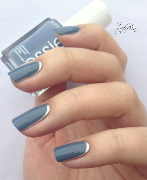 blue nails with a silver trim look elegant