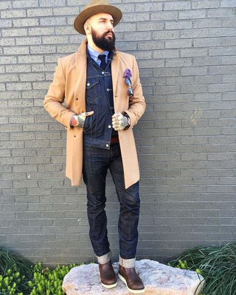 With denim jacket, cuffed jeans and felt hat