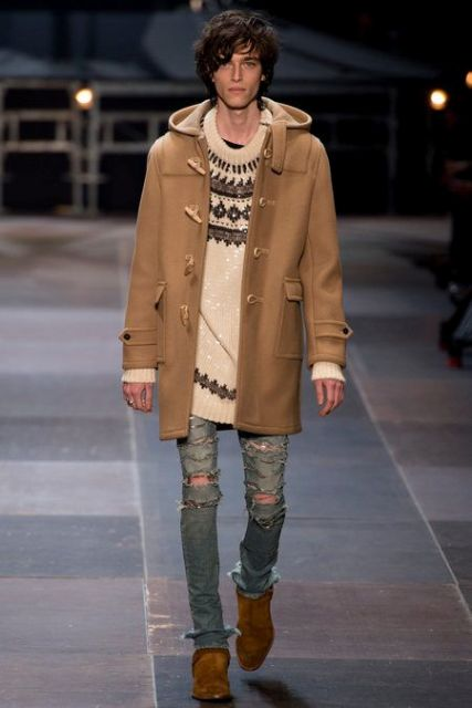 With printed sweater, distressed skinny jeans and suede shoes