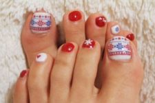 06 red anils and an accent nail with Scandinavian patterns