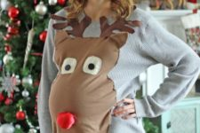 08 maternity ugly sweater with a large reindeer head