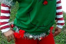 09 Grinch party sweater with a hat and a small deer
