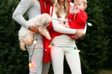 13 red and fur touches for a festive family look