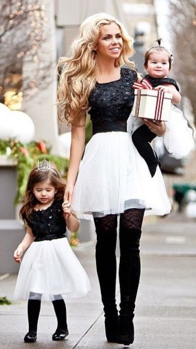 20 Matching Holiday Looks For Moms And Daughters Styleoholic