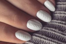 16 recreate your cable knit sweater on your nails