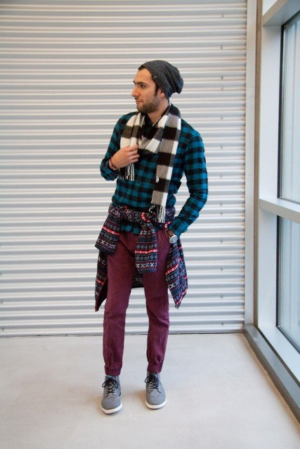 With plaid shirt, printed sweater, marsala pants, gray sneakers and beanie