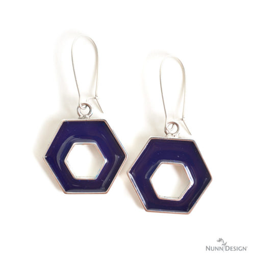 DIY geometric resin earrings (via www.nunndesign.com)