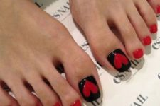 04 red and black pedicure with large hearts