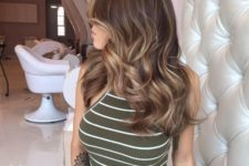 07 brown hair with lighter honey shades