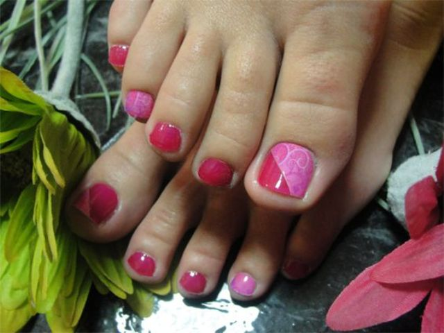 color block pink and red pedicure