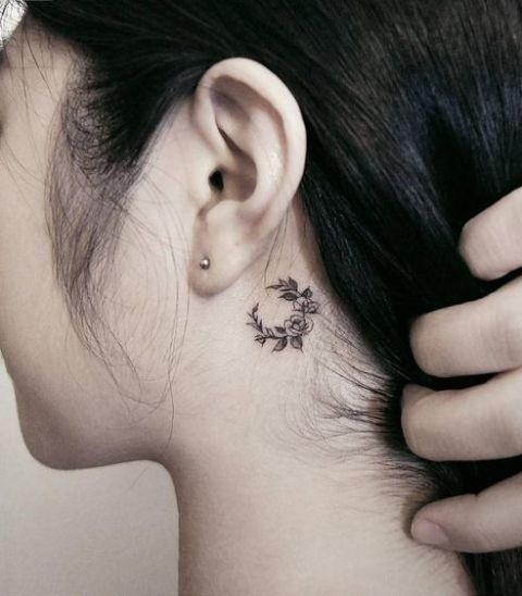 3034c7391d58c 22 Small Moon Tattoo Ideas For Ladies - Styleoholic