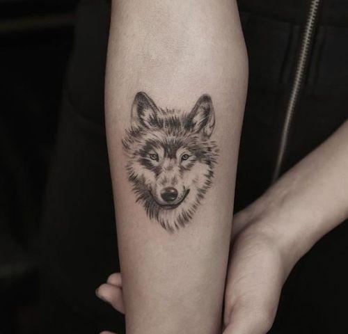 Wolf Woman Tattoo By Otheser Tattoo: 22 Small Wolf Women Tattoo Ideas