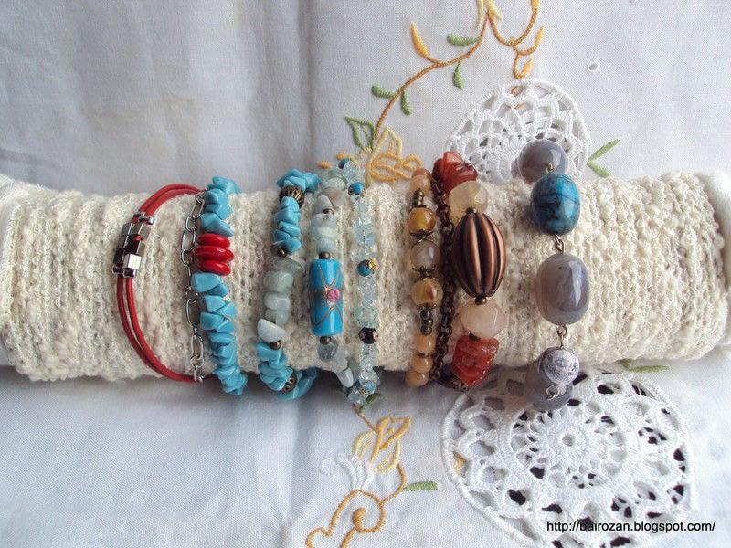 DIY packaging materials bracelet holder