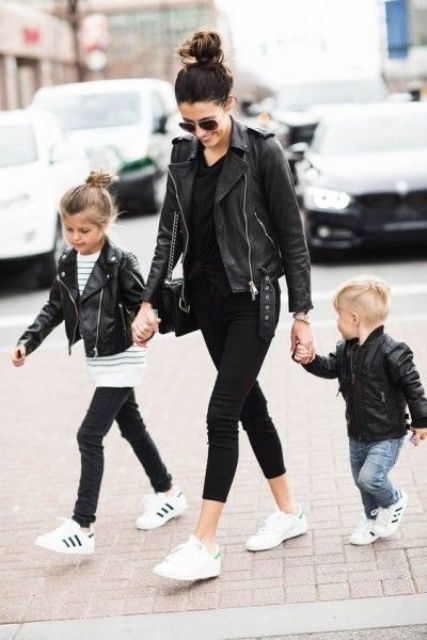 black jeans, sneakers, -tshirts, leather jackets