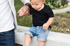 03 a black tee, blue denim shorts and white Converse