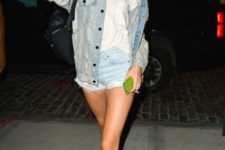 07 denim jacket and shorts, a white tee and black Vans