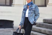 10 black pants, a white top, a denim jacket and black Vans