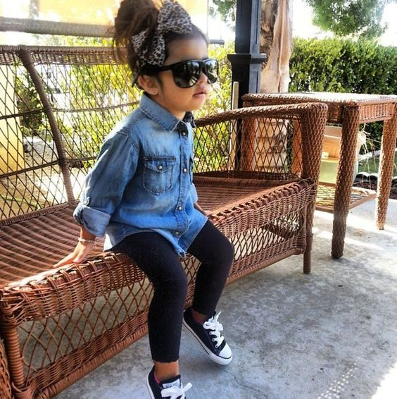 black leggings, black Converse, a chambray shirt