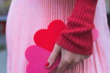 15 three hearts felt clutch is a whimsy idea