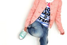 17 mint Converse, blue jeans, a printed tee and a pink jacket