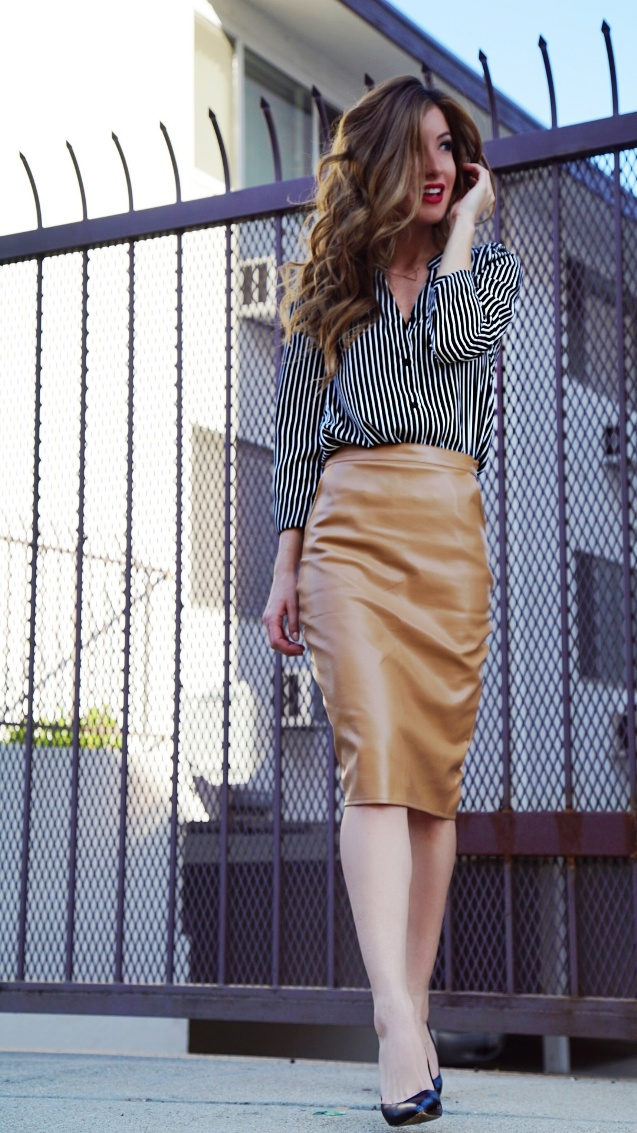 20 an ocher leather pencil skirt, a striped shirt and black heels
