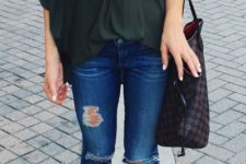 ripped jeans look