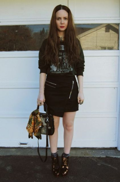 With printed shirt, ankle boots and bag