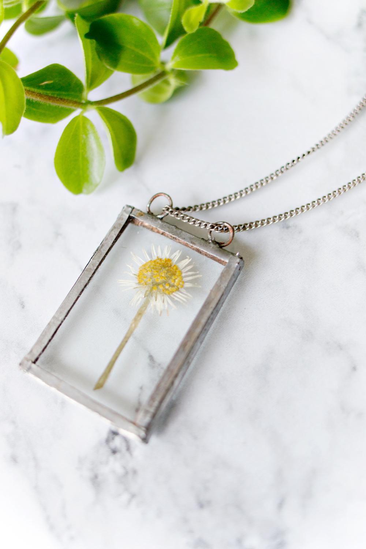 DIY soldered flower necklace
