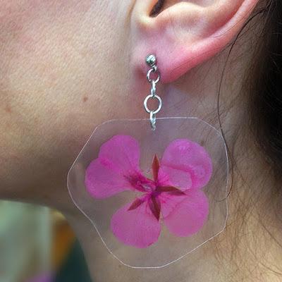 DIY real flower earrings