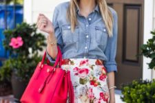 06 bold floral mini, a chambray shirt and a hot pink tote