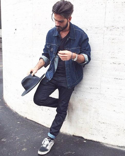 navy jeans, a black tee, a blue denim jacket and chucks
